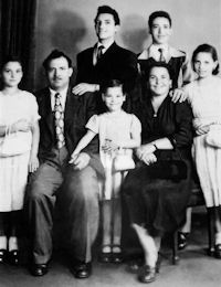 Giuseppe (Nunziato) and Maria Quagliata and their children: Stanta, Alfia, Carmela, and standing: Giuseppe and Carmelo c.1950