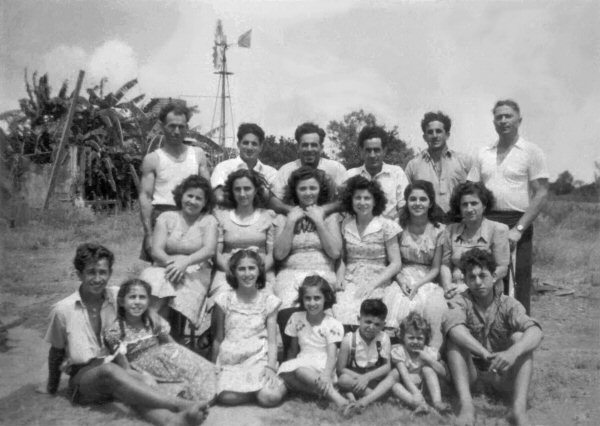 Quagliata - Trovato Group Photo 1949.