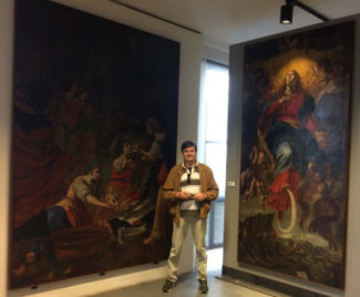 Vittorio Quagliata at Messina Regional Museum with GBQ paintings.